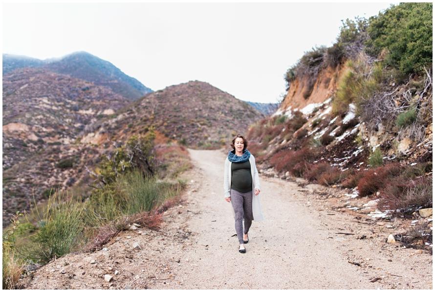 Los Angeles Maternity Photographer, josephine peak, pasadena, california, snow, mountains