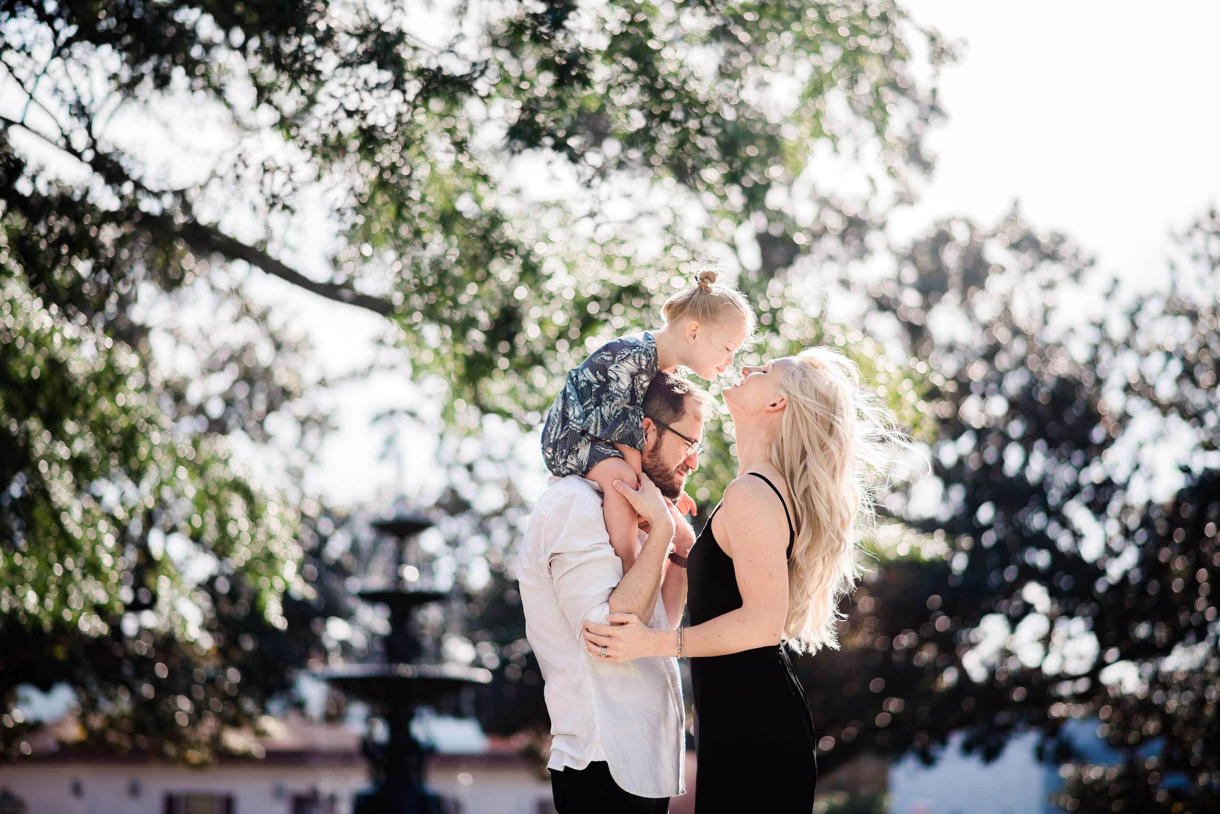 downtown-pensacola-family-photographer