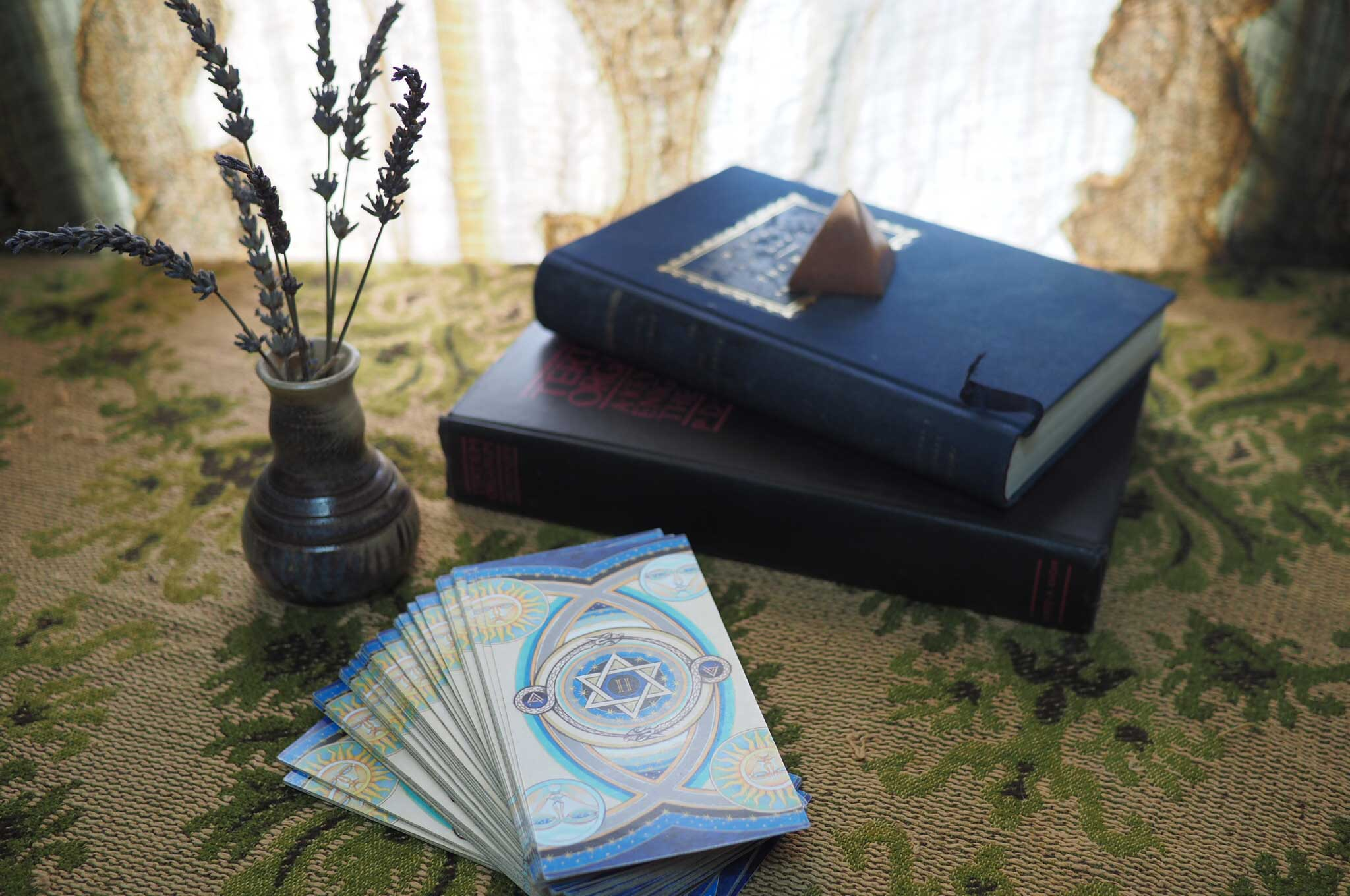 Learn to read Tarot with Kevin Wheeler.
