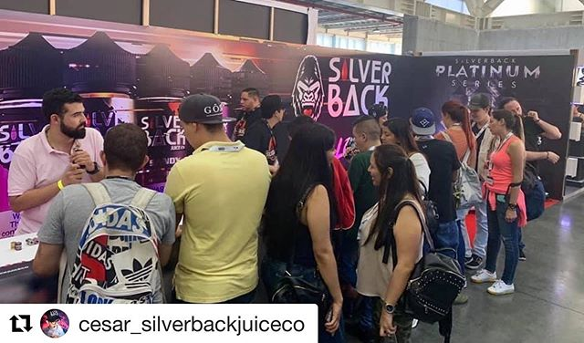 @cesar_silverbackjuiceco ・・・ Day dos @vsaexpo was beautiful!! Medellin it was a pleasure!!! #silverbackjuiceco  #vapelife  #liquidgold