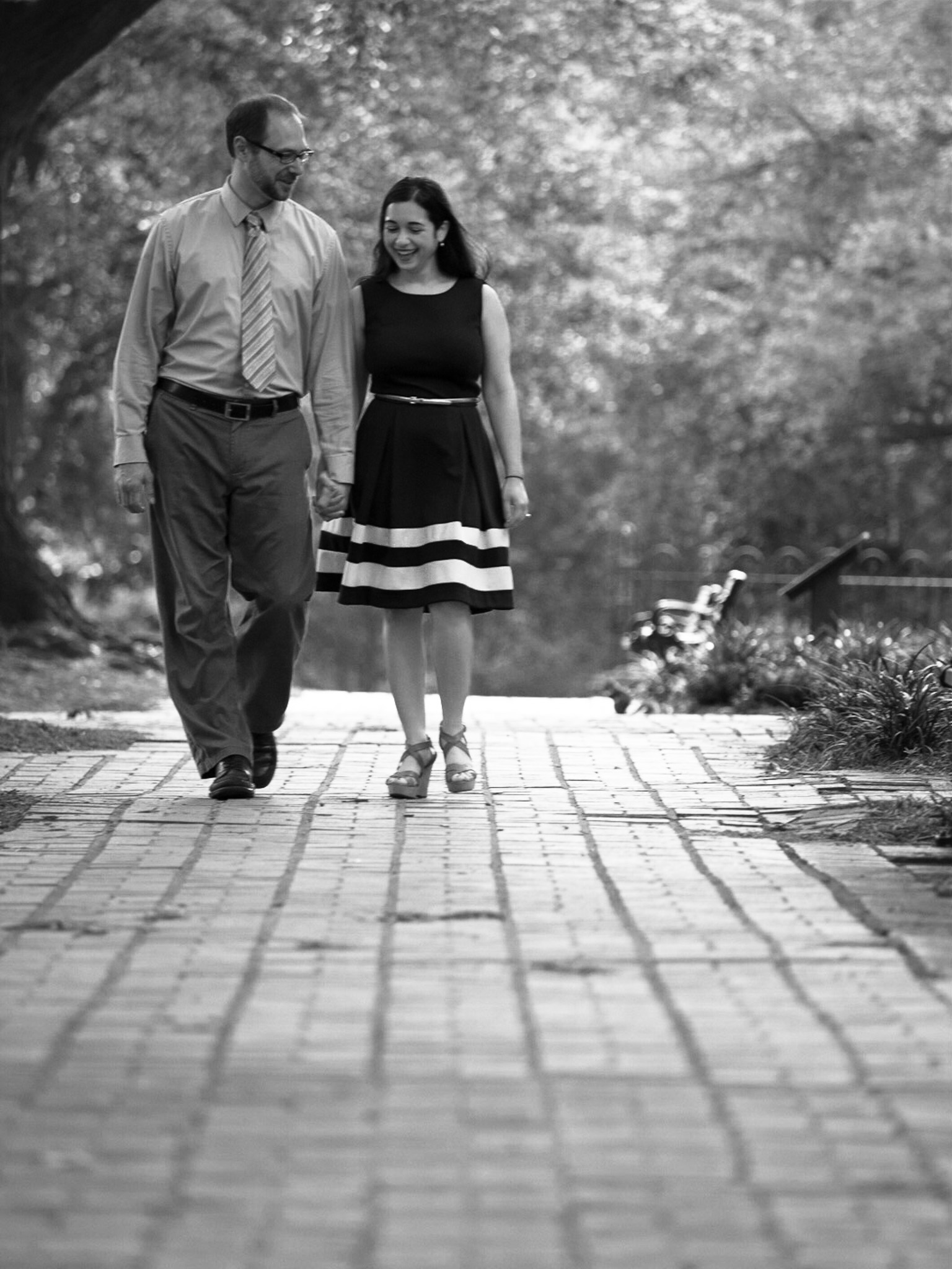 Engagement, Photography, Photographer, Columbia SC, Horeshoe, USC, College Campus, Couple, B&W, Black and White