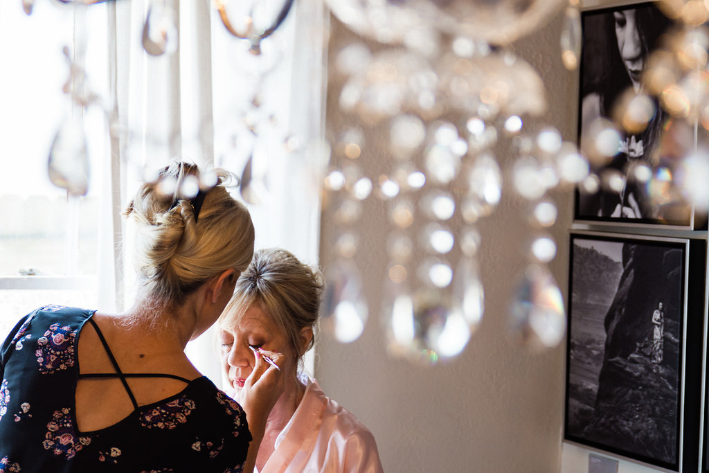 Getting Ready at Bungalow 1325 from Charlotte Wedding Photographer