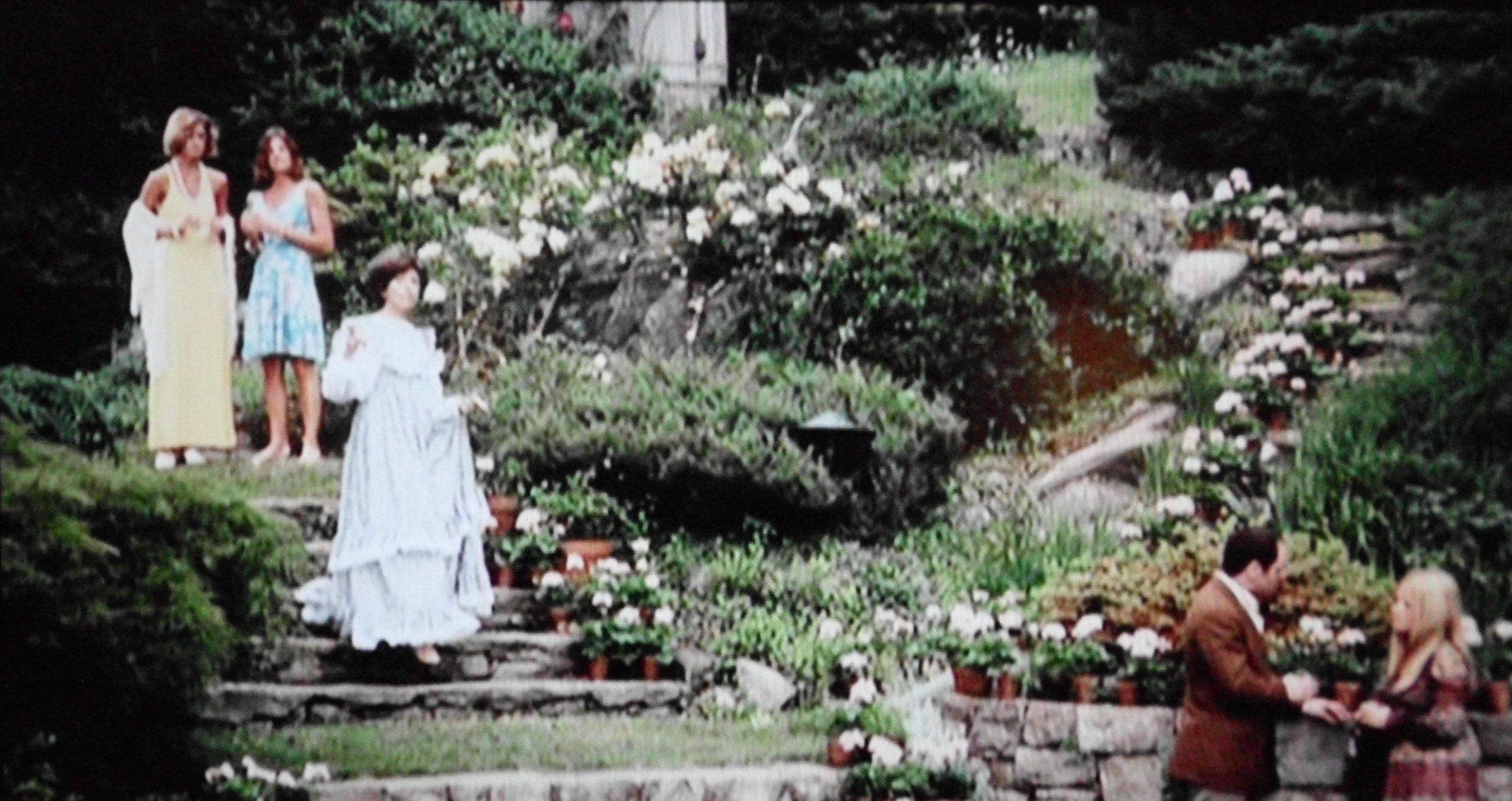 The Stepford Wives (1975) - Paula Prentiss, Katharine Ross, Nanette Newman