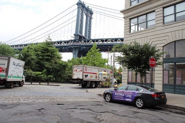 Get connected with @metrobytmobile . . . #mobilads #ooh #ad #outdooradventures #metropcs #4G #tmobiletuesdays #uber #lyft #via #rideshare #location #data #nyc #houston #la #tech #drive #airport #brooklyn #brooklynbridge