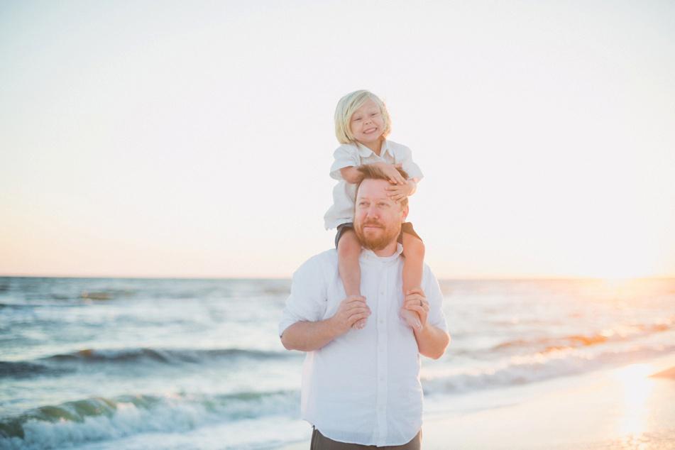 panama-city-beach-family-photographer-wedding-engagement-pcb-session-30A-Desiree-Gardner-photography-eden-gardens-state-park-florida-destination-wedding-photography_0084.jpg