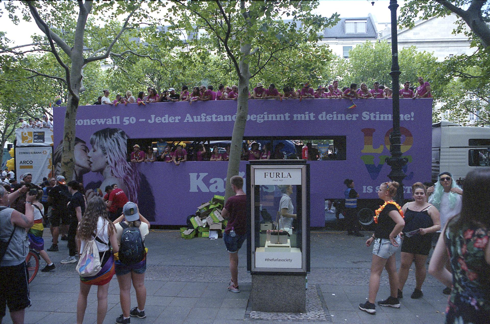 BerlinPride2k19Roll1-10.JPG
