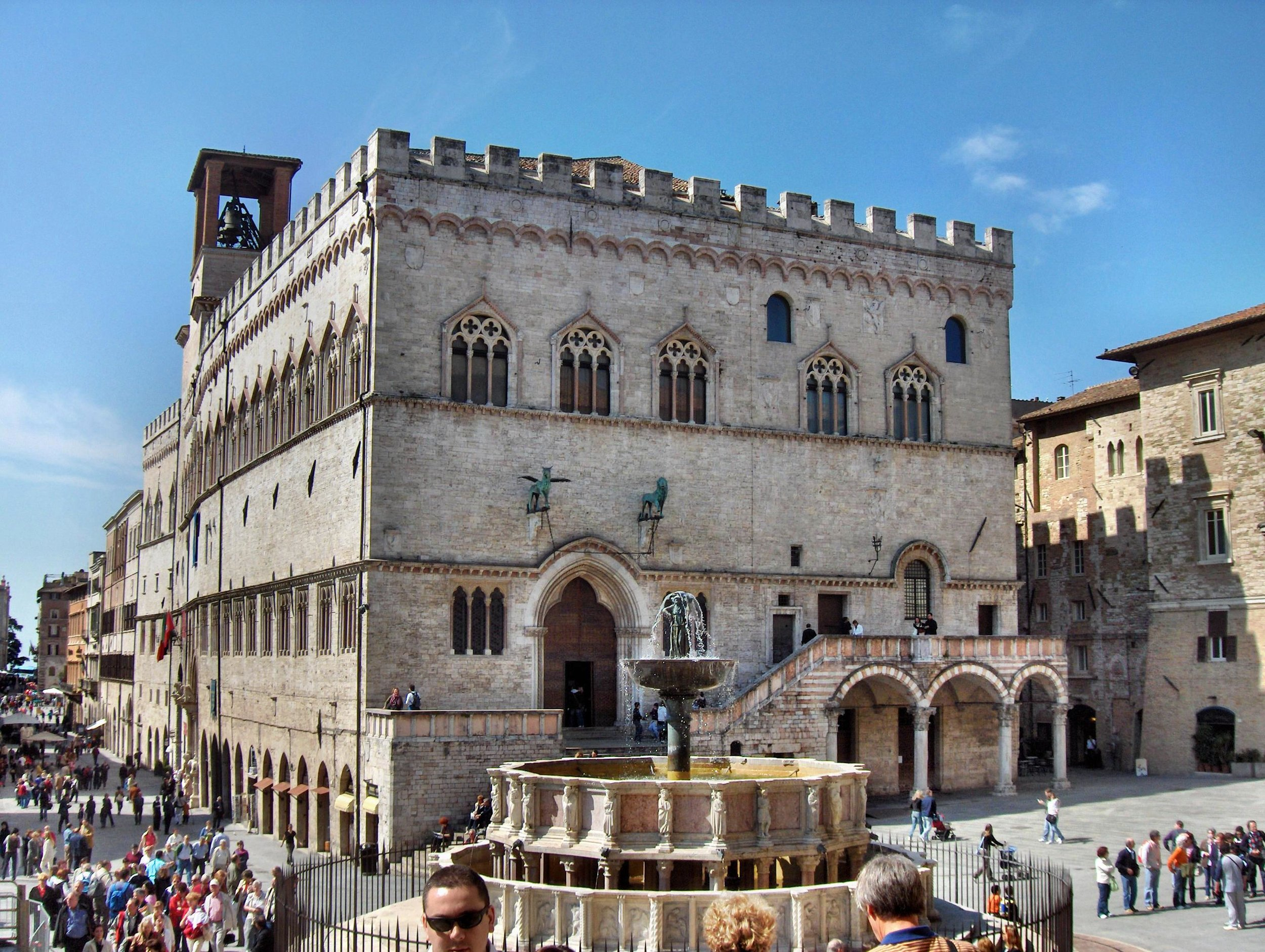 What-to-see-in-Perugia-Visit-Perugia-a-complete-guide-to-Perugia-Italy-Umbria-The-Roman-Guy.jpg