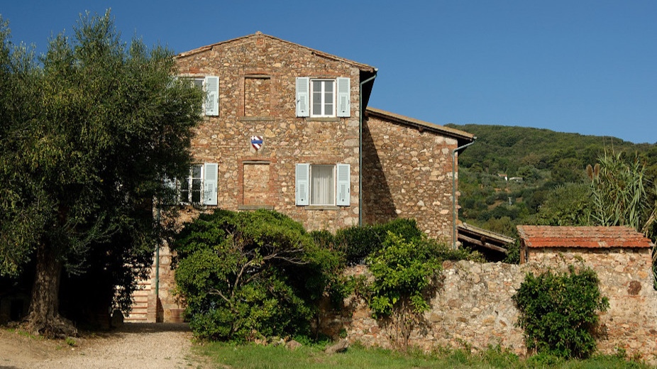 il podere - Sleeps: 10Price from: EUR 7,800 per weekLocation: Porto ErcoleFeatures: Pool, large garden