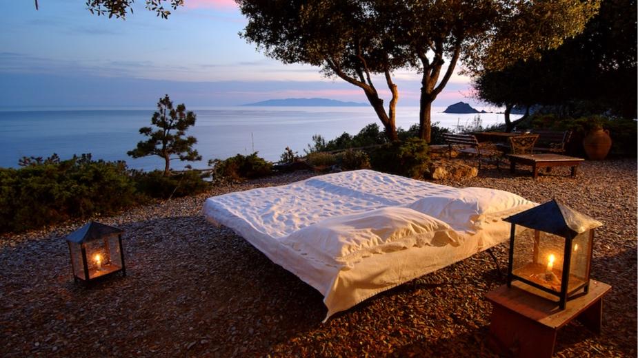 villa oriente - Sleeps: 10Price from: EUR 7,500 per weekLocation: Porto Santo StefanoFeatures: Private access to the sea
