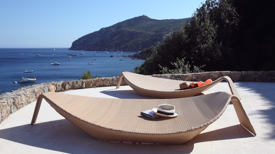 la thailandia - Sleeps: 12Price from: EUR 22,000 / weekLocation: Porto ErcoleFeatures: Access to the Sea