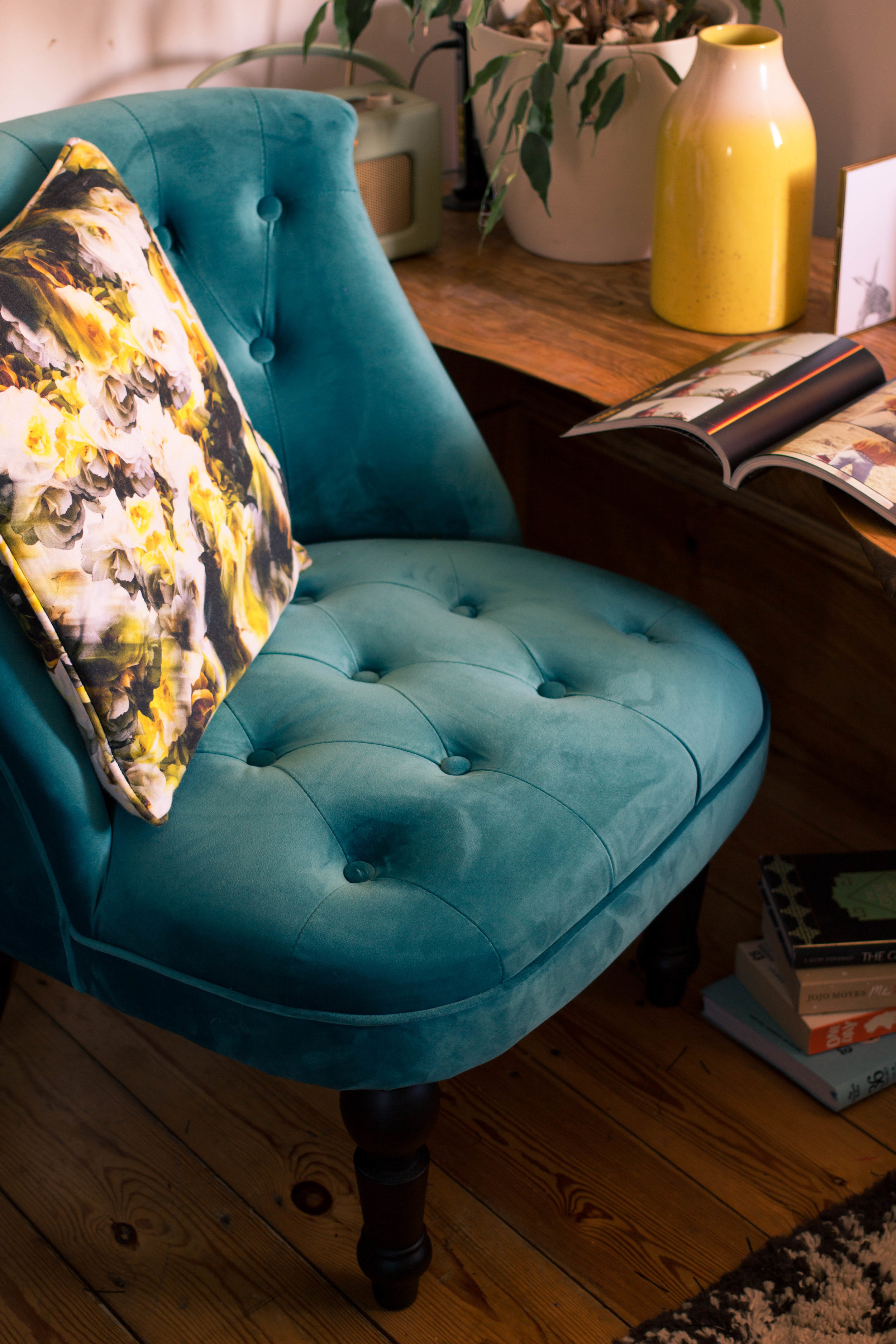 Styling-a-cosy-corner-rush-and-teal-11.jpg