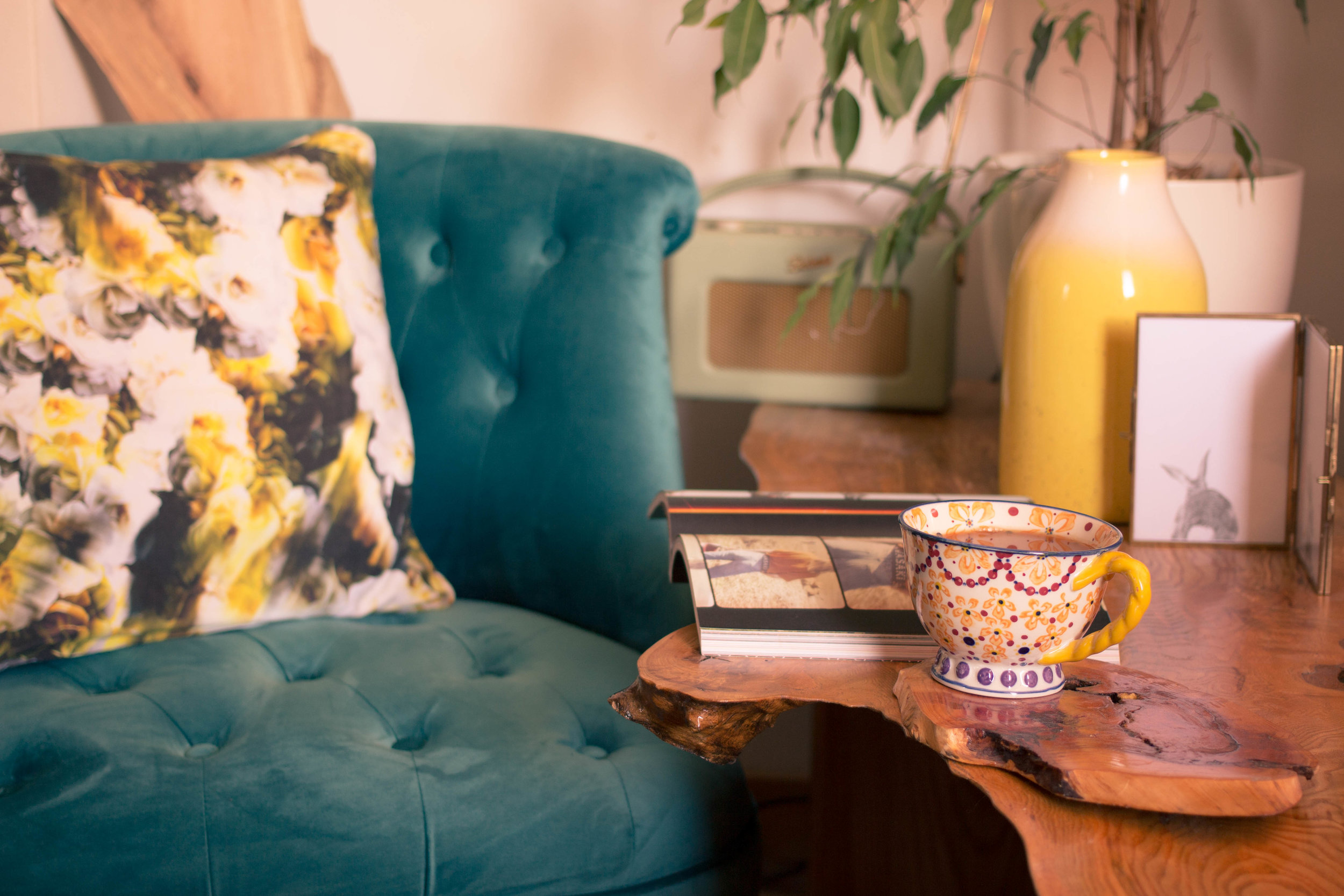 Styling-a-cosy-corner-rush-and-teal-4.jpg