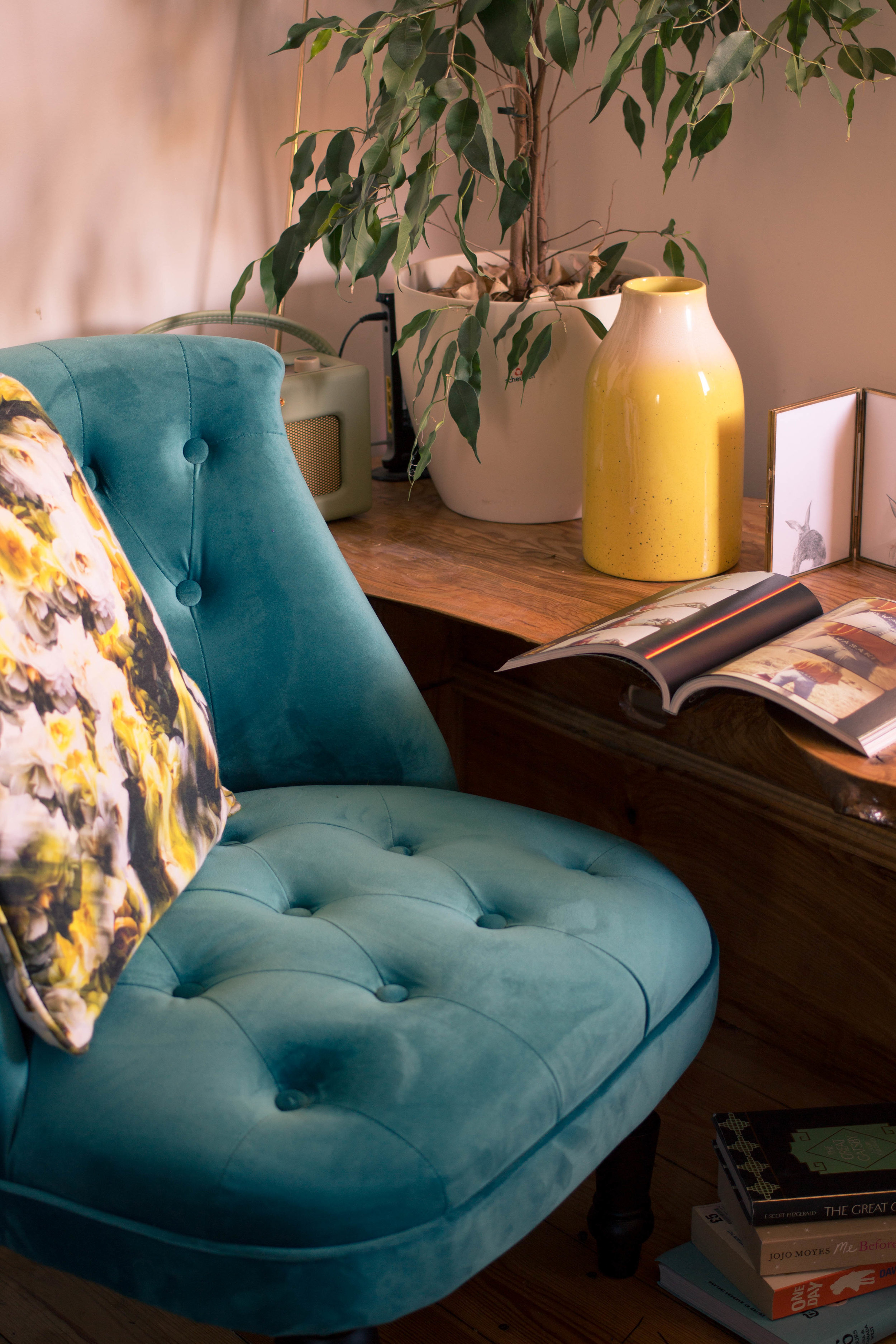 Styling-a-cosy-corner-rush-and-teal-6.jpg
