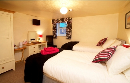 Southburn - Relax and feel at home in our ground floor Southburn Room where country meets contemporary. You have the choice of either a double or twin beds. The room comes with excellent disabled facilities including a large wet room.BOOK NOW >