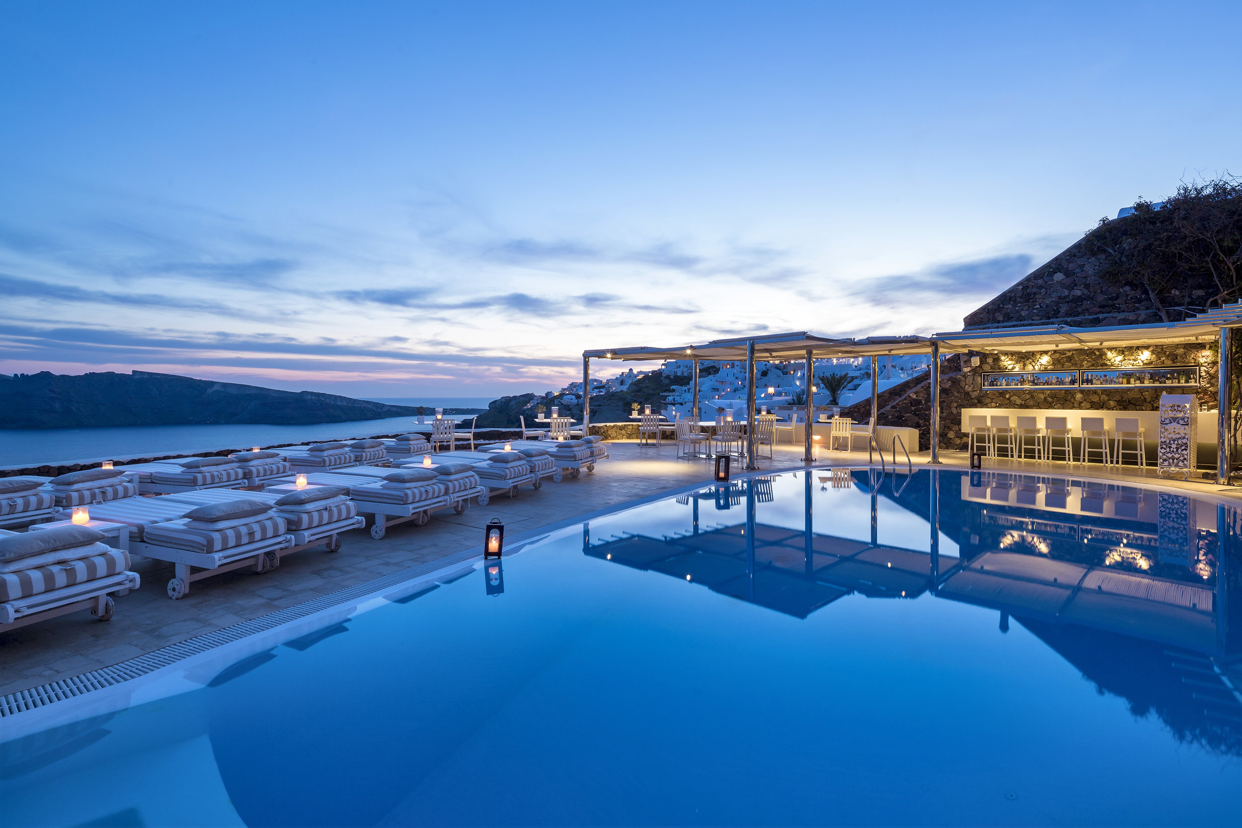 Canaves Oia Suites - signature6.jpg