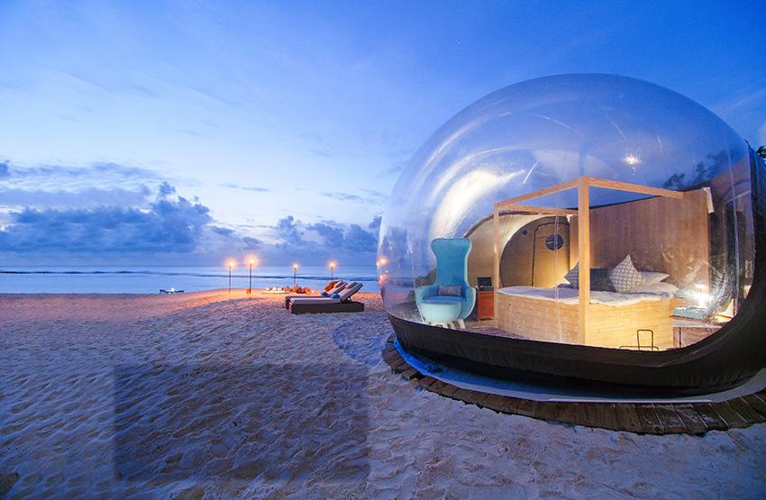 Finolhu---Beach-Bubble-Tent-5.jpg