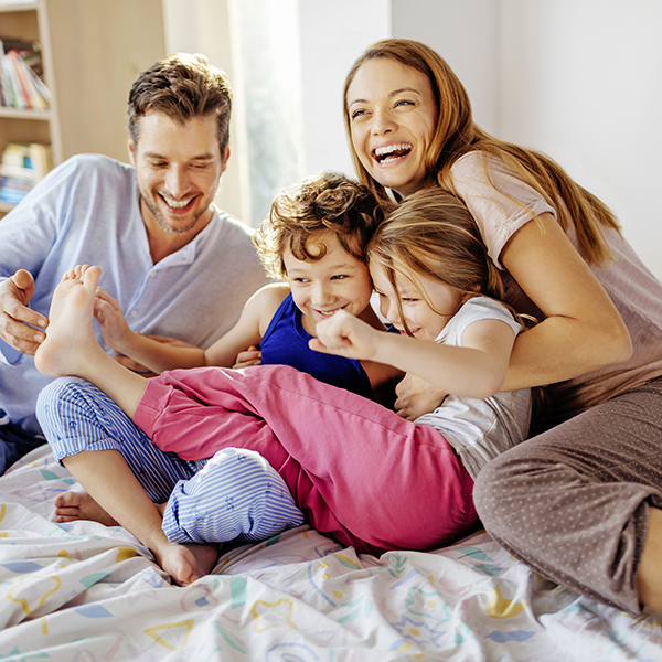 01 6 Parenting tricks for holiday harmony GettyImages-639667386.jpg