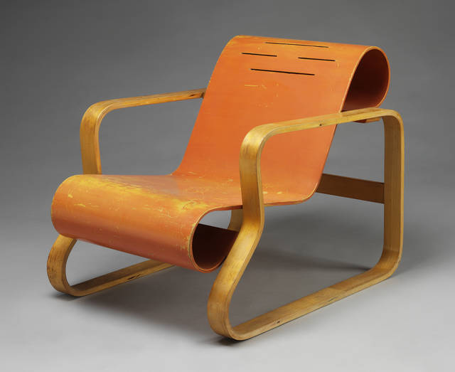 Armchair, designed by Alvar Aalto, 1932, Finland. Museum no. W.41-1987. © Alvar Aalto Museum. Photograph Victoria and Albert Museum, London