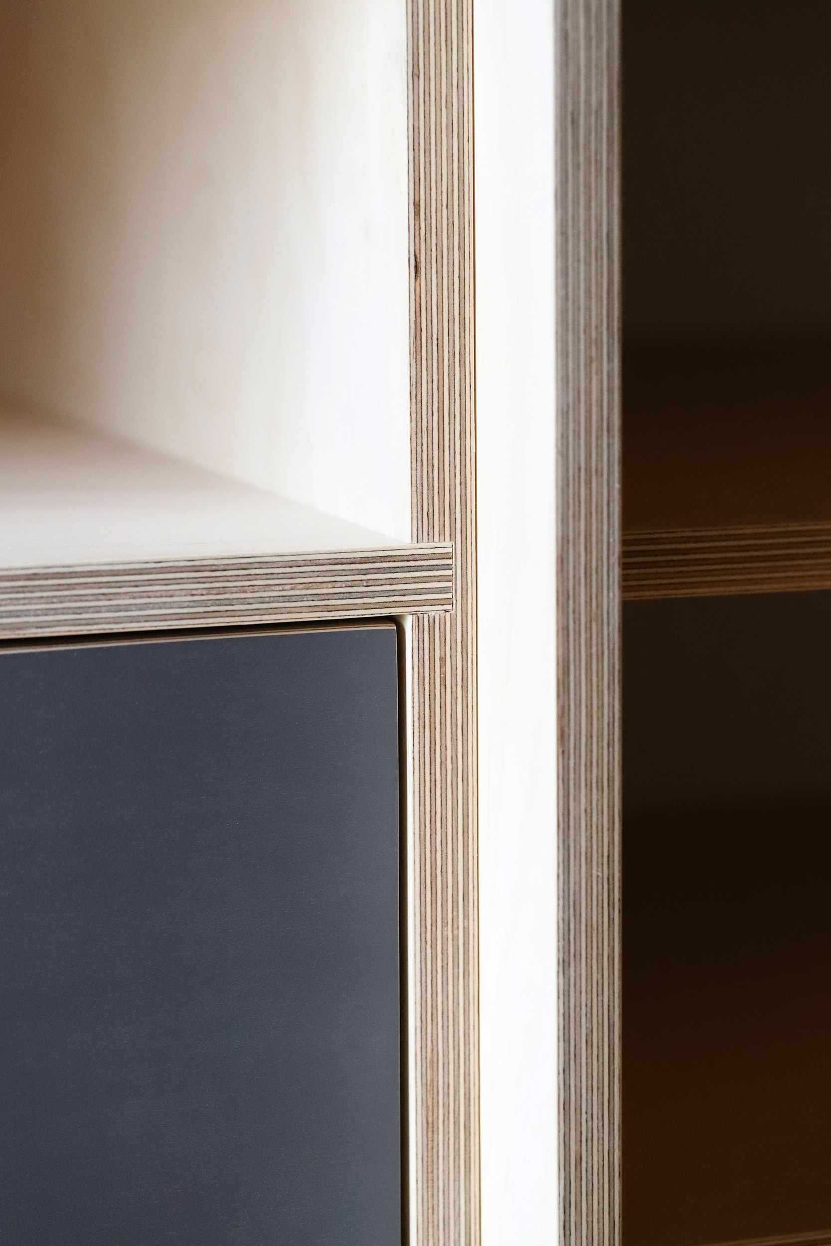 A close up detail of the plywood joints.