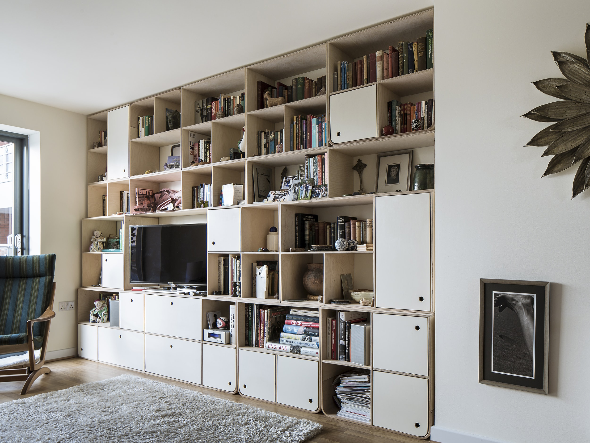 Svett bookshelves 1-min.jpg