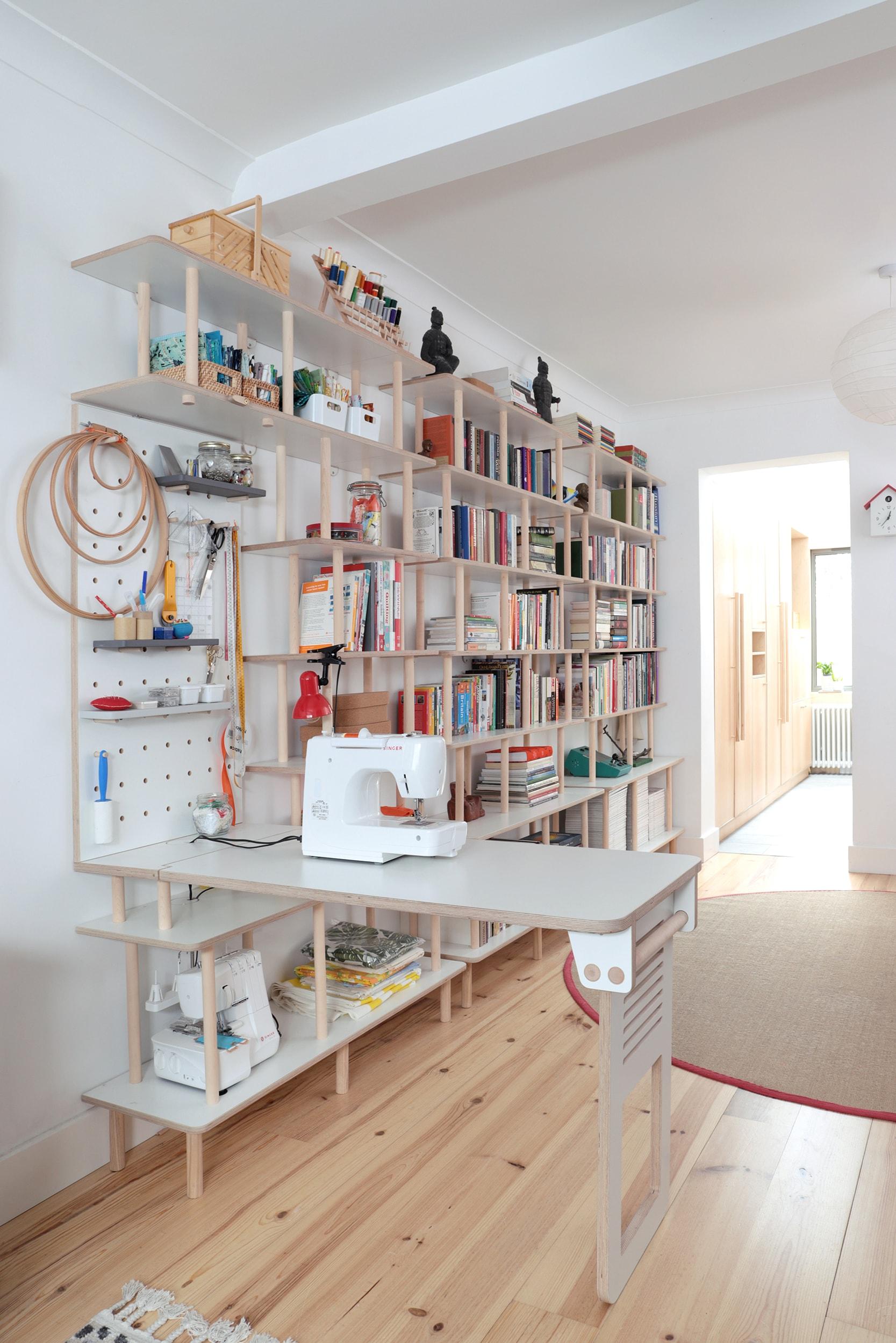 Ilaria - bookshelf 4 WEB-min.jpg