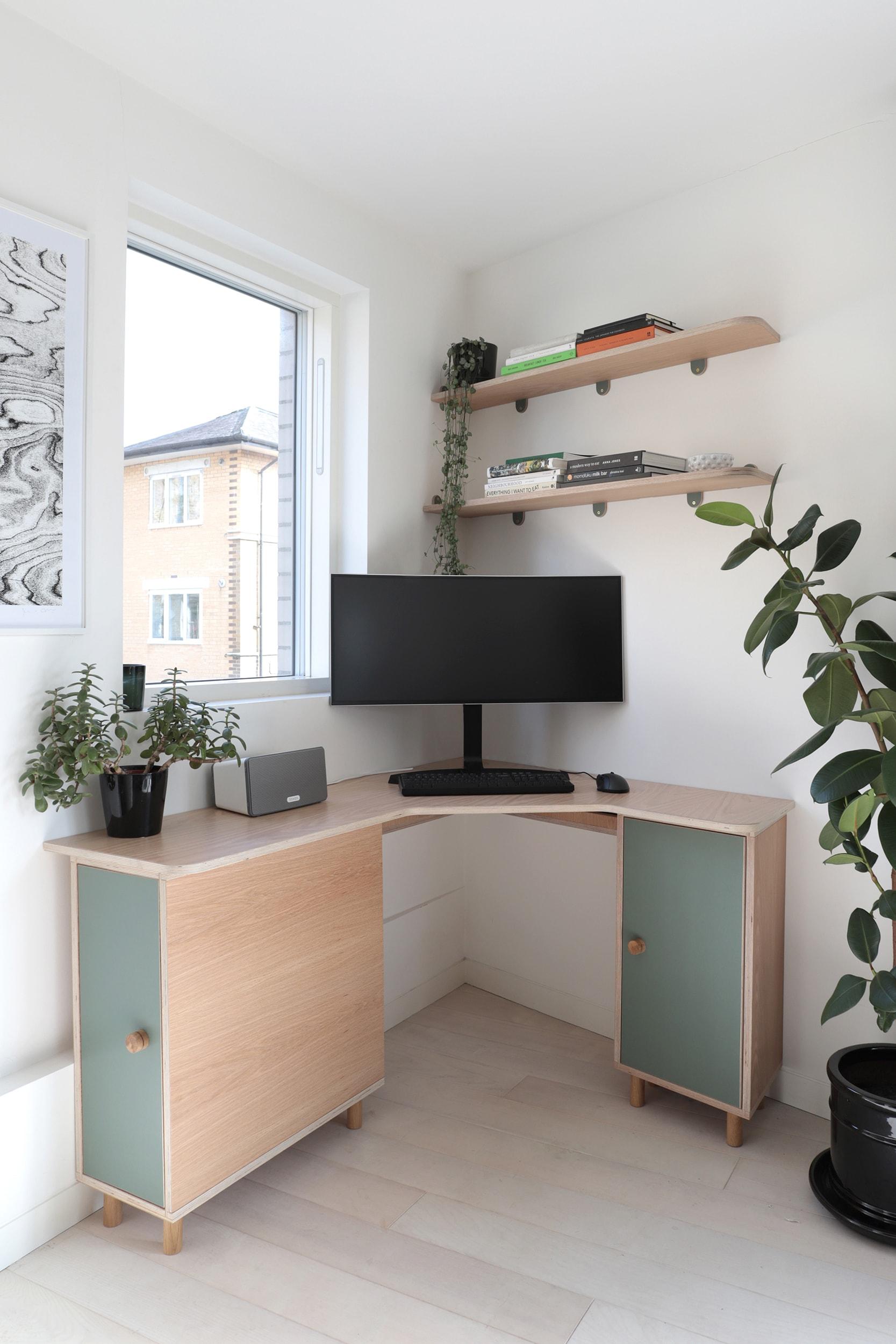 Order 428 - Jessica Barnes - Desk 3 WEB-min.jpg