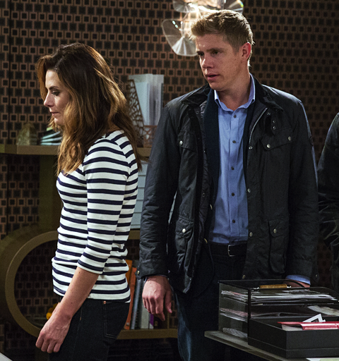Is spooked Robert desperate enough to have his ex-wife killed?