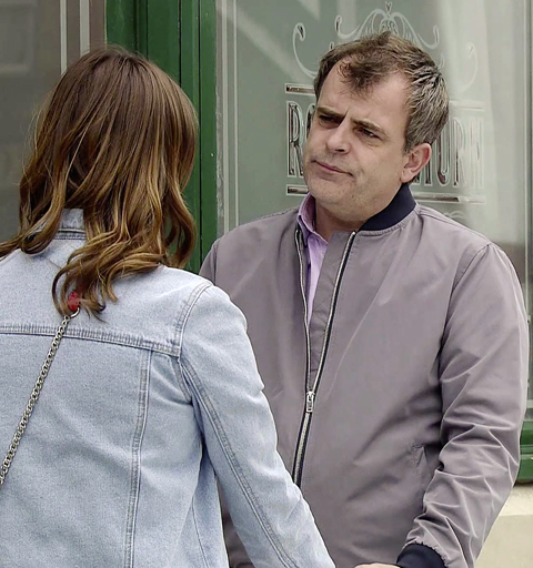 Steve accidentally proposes to Tracy!