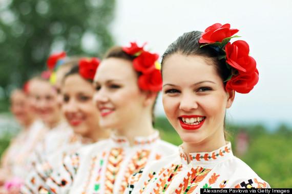 o-ROSE-VALLEY-BULGARIA-570-1.jpg