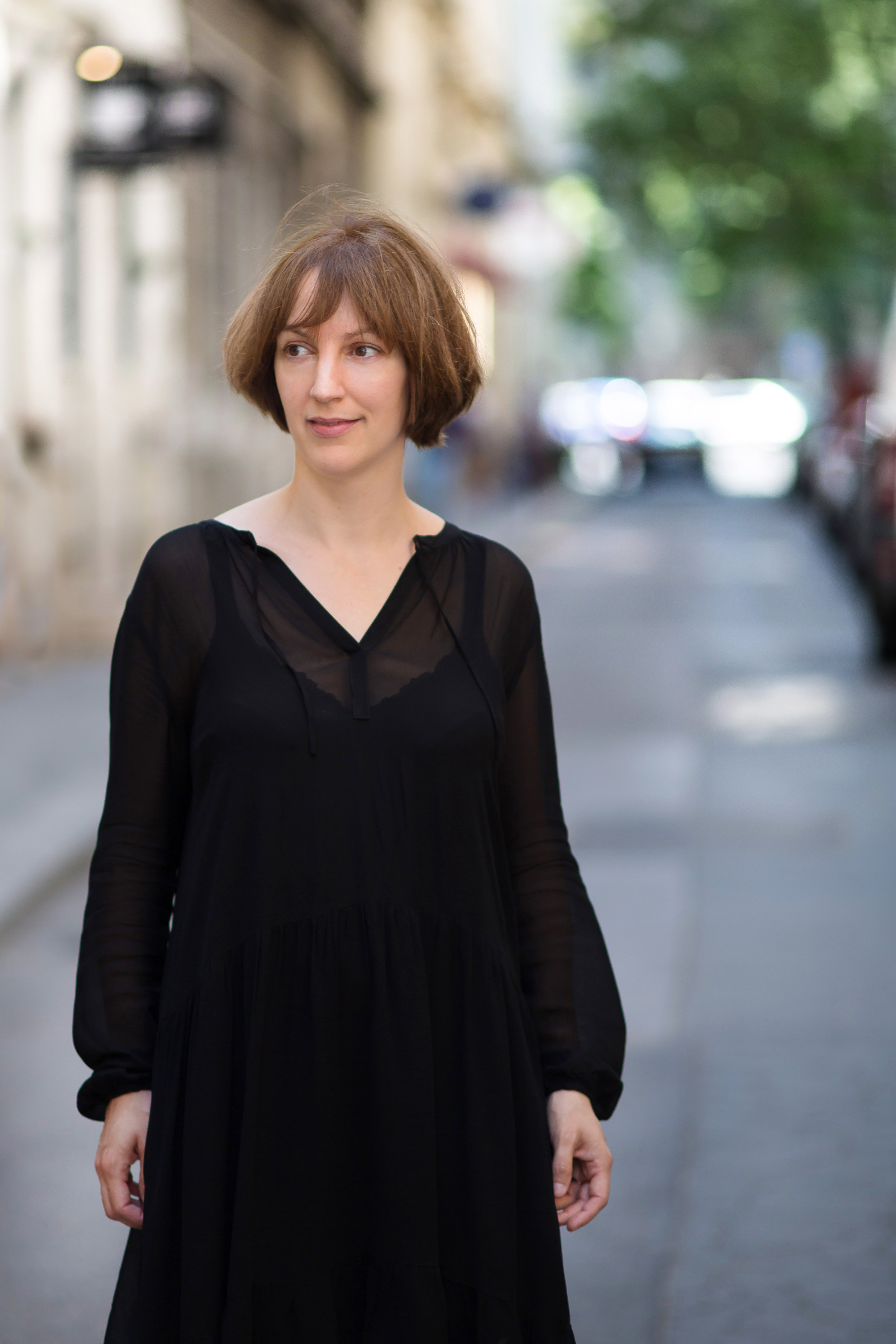 Hello there - Nice to meet you! I am Ilse Josepha Lazaroms.