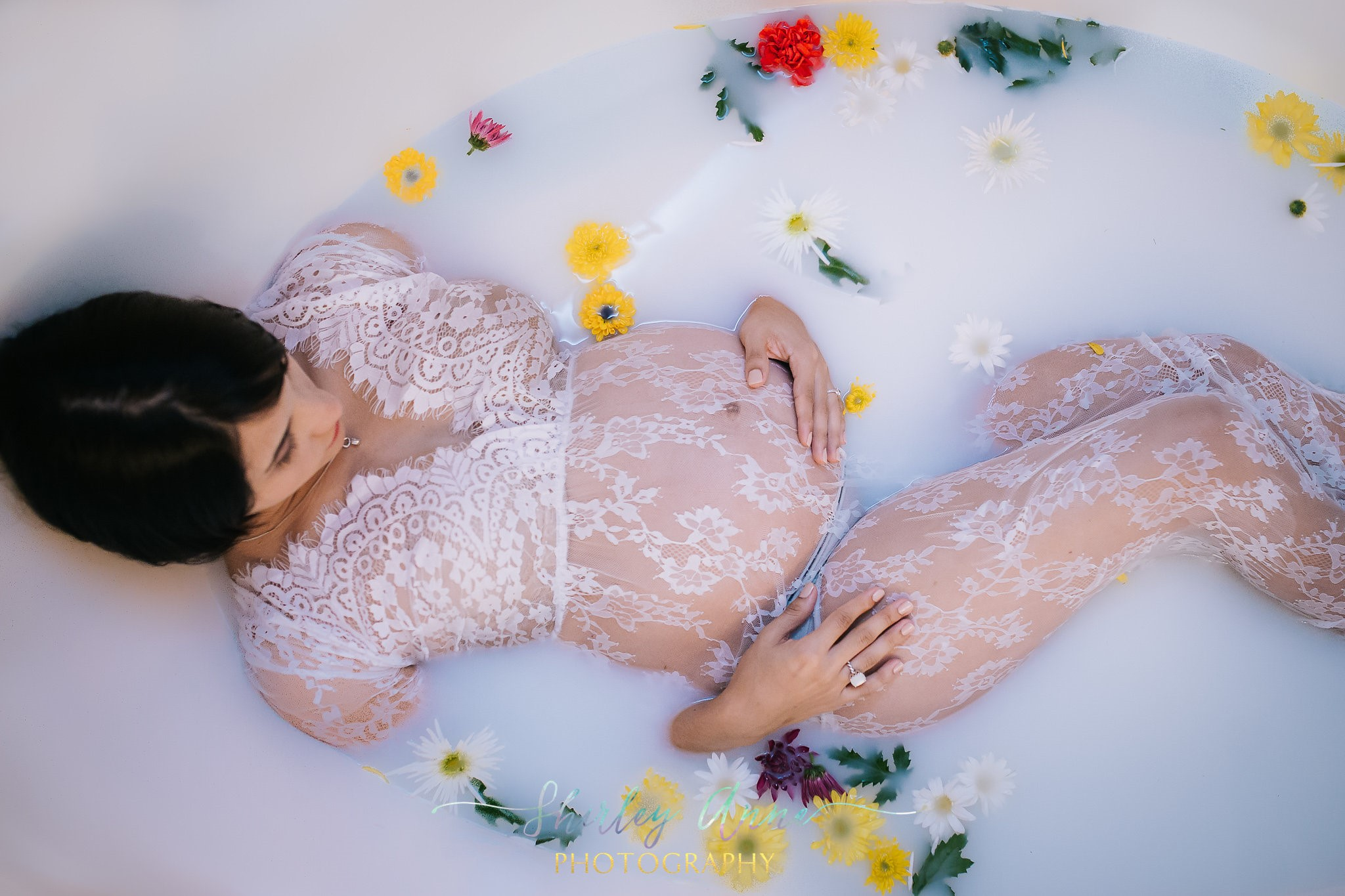 pregnant mom in milk bath