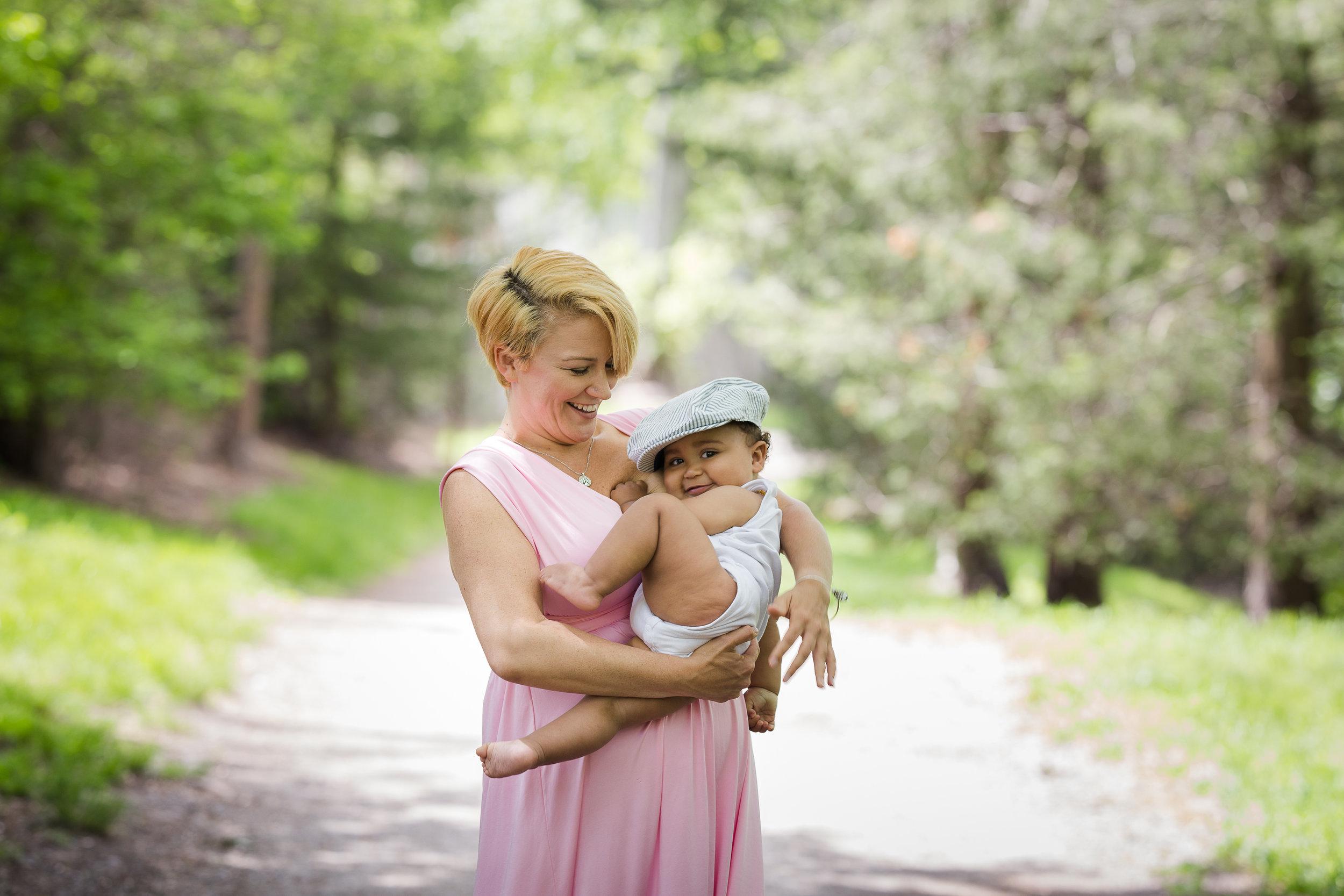 Alana-Breastfeeding (5 of 7).jpg
