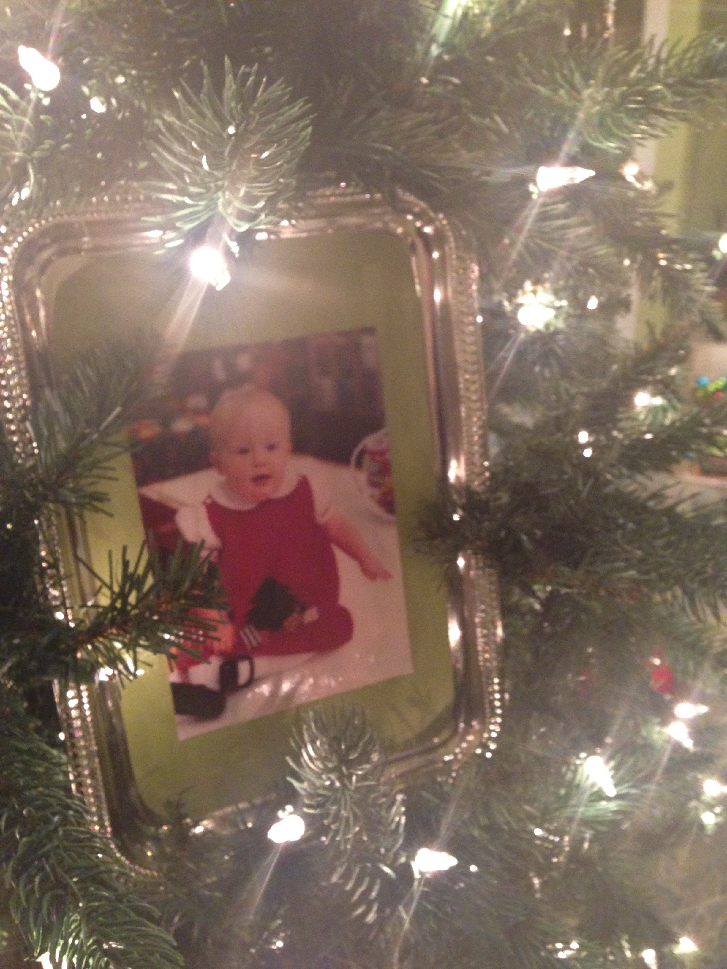 Tray Chic Oversized Ornament Frame