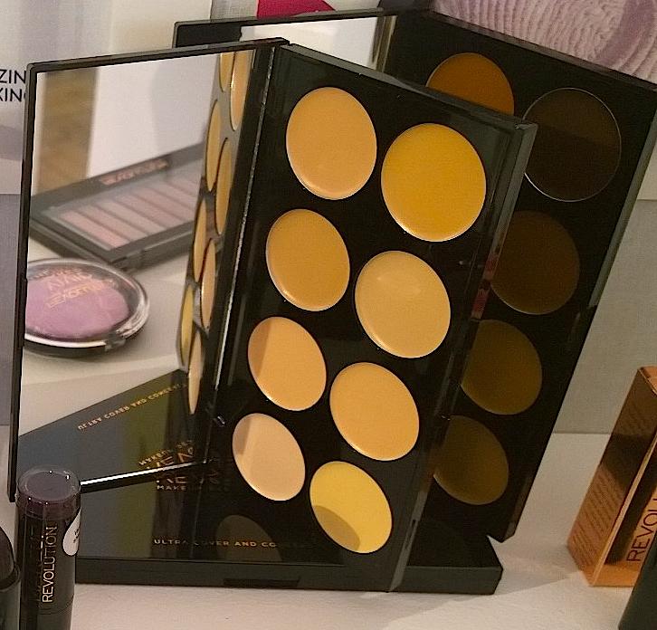 Make-Up-Revolution-Concealer-Palette.jpg