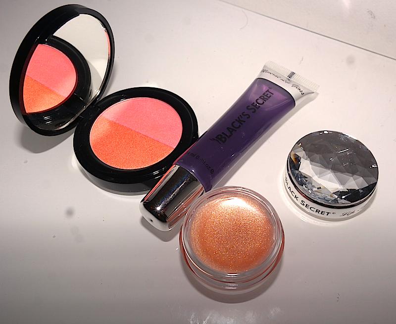 Black-Secret-Make-up-review.jpg