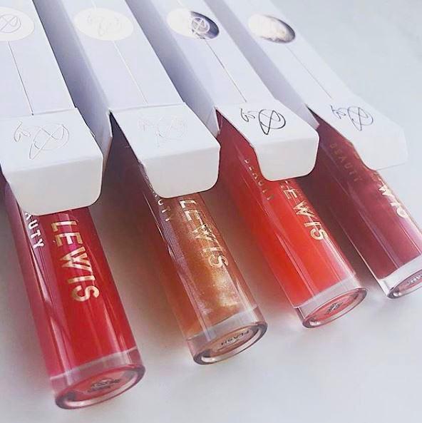Chloe Lewis Beauty Lipgloss pic 2.JPG