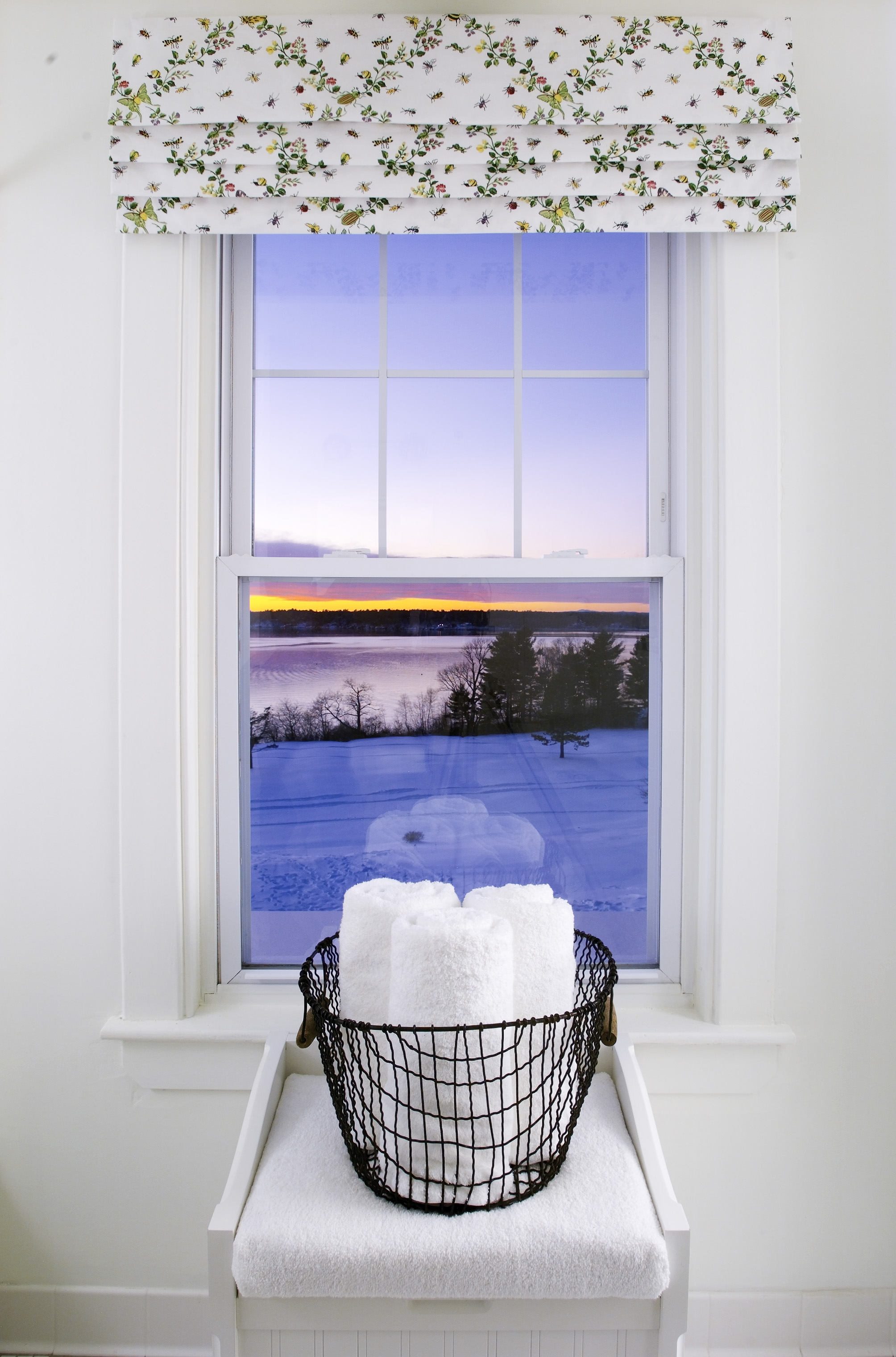 20031216.Chebeague.BathWindow1.jpg