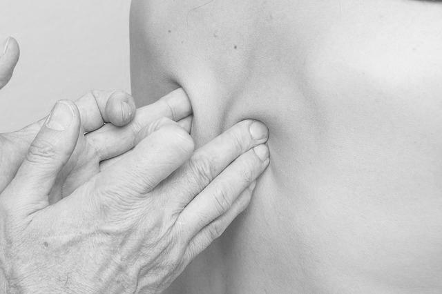 massage-2441741_640.jpg