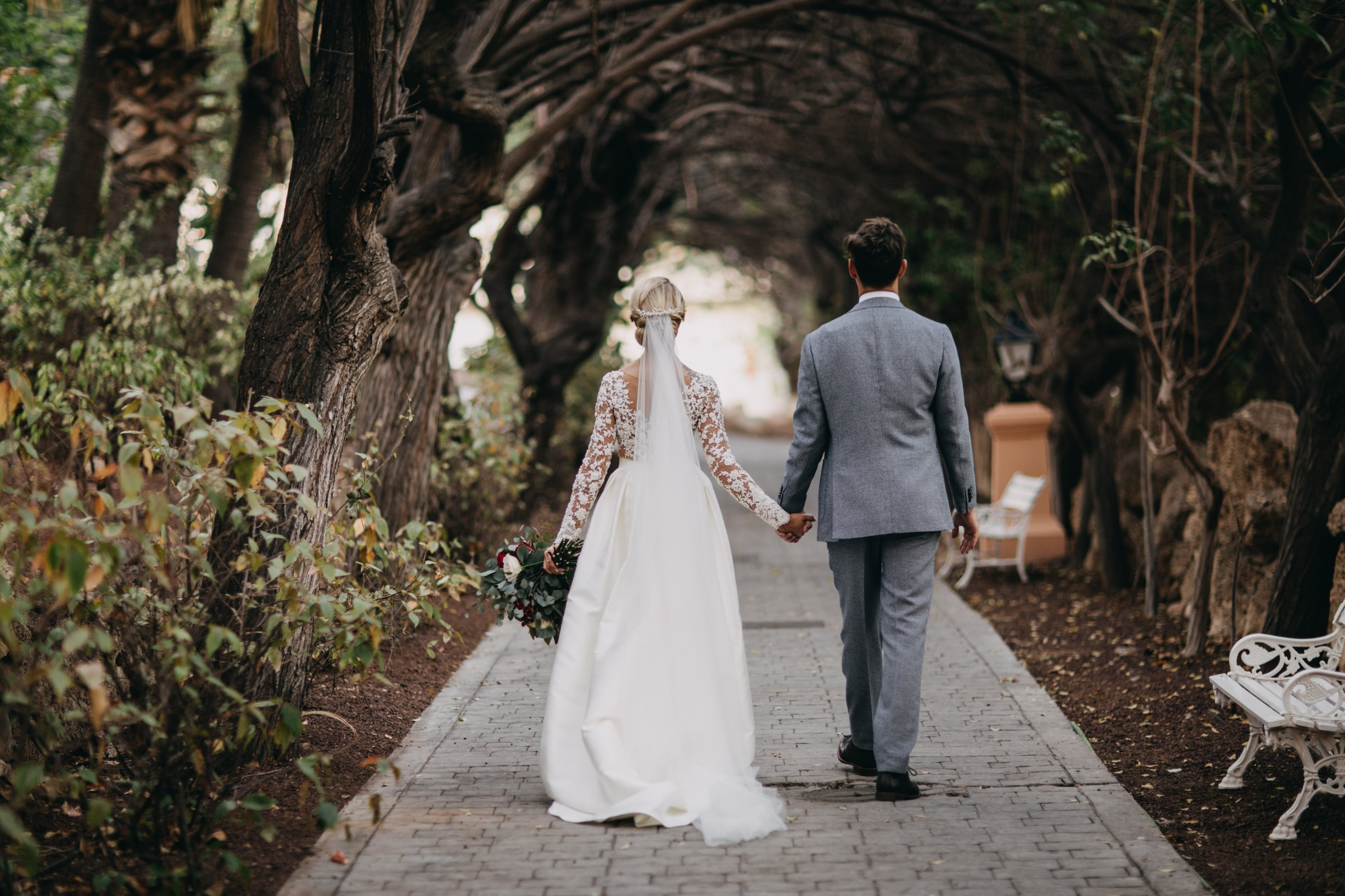 Walking path to the ceremony