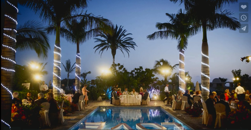 Dinner area by the pools
