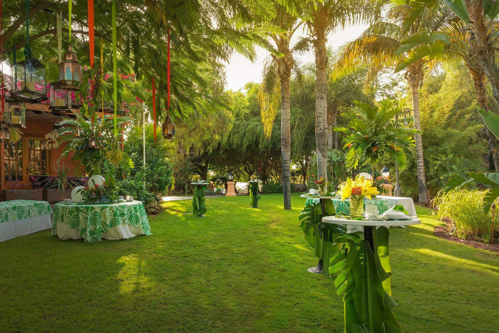 Garden for cocktails
