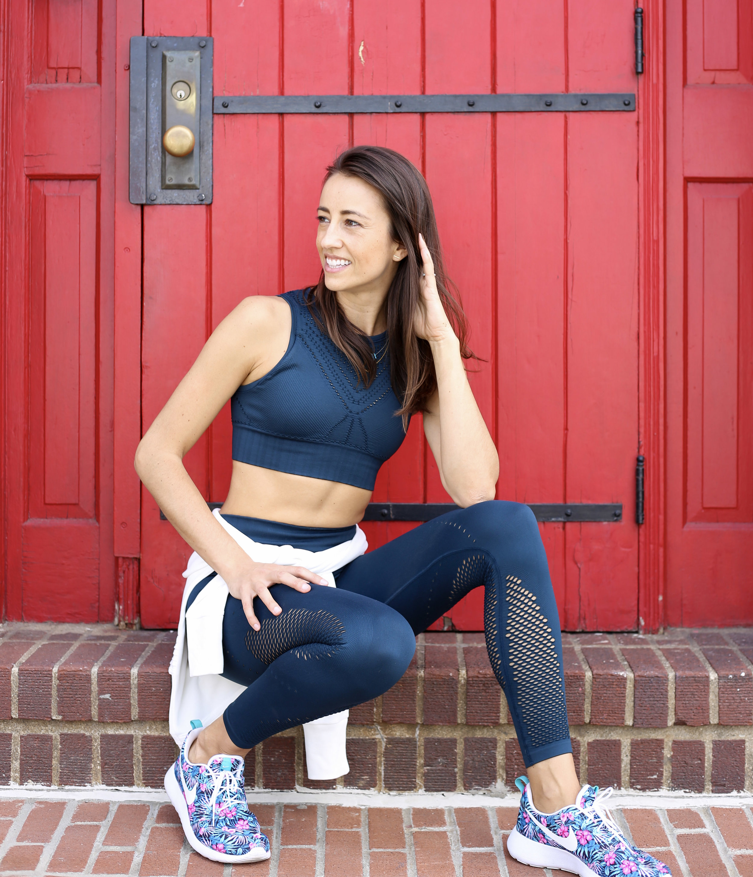Anna wearing  @athleta  and  @nike