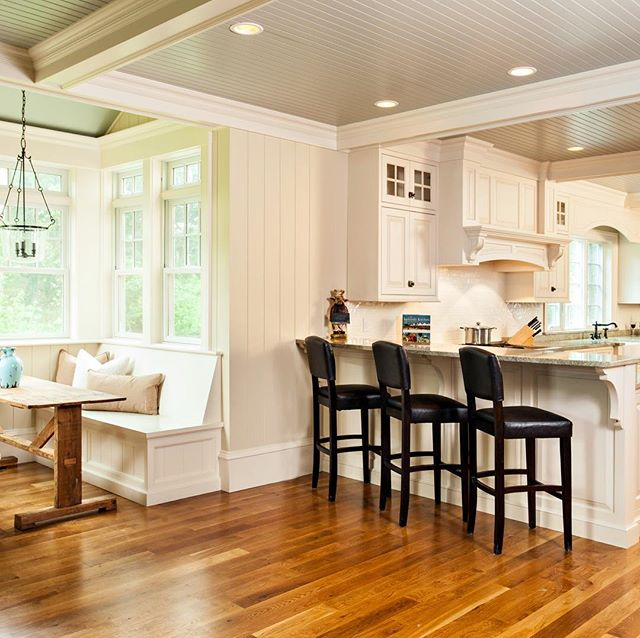 #capecodhome #wallpanelling #cofferedceiling