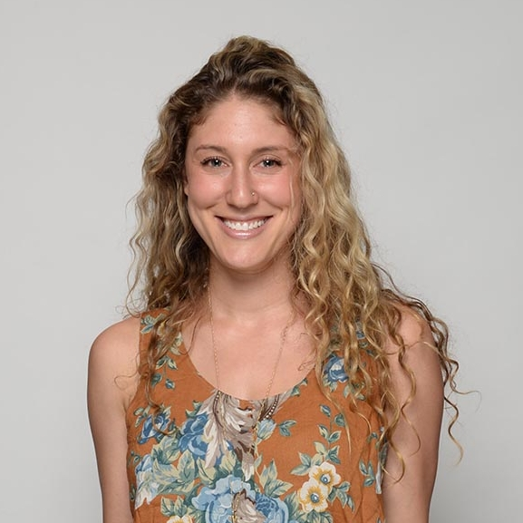 Ash Spivak - Ash Spivak is a birth doula and reproductive health educator based in NYC. She is the co-founder of CYCLES+SEX, which creates educational content and events to highlight the interconnectedness of our menstrual, hormonal, reproductive and sexual health. Learn fun facts about your body @cyclesandsex!