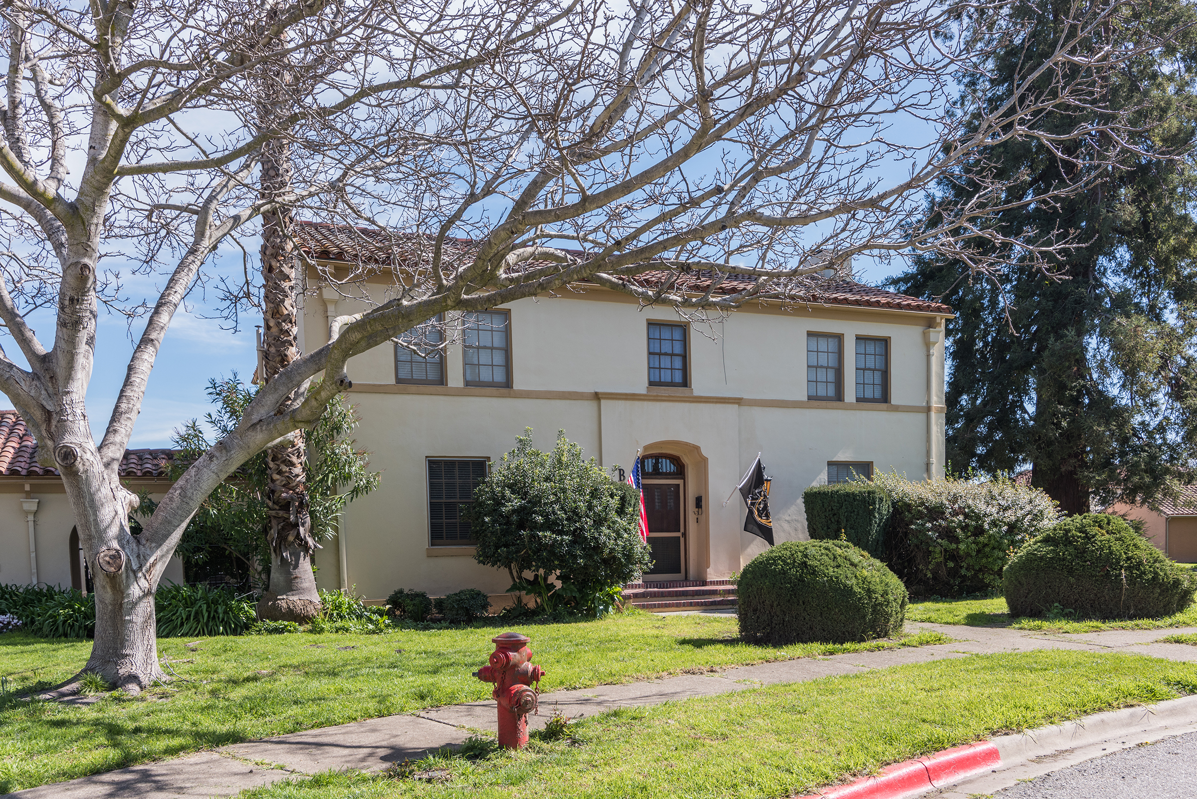 Single-Family Rental Homes Yards