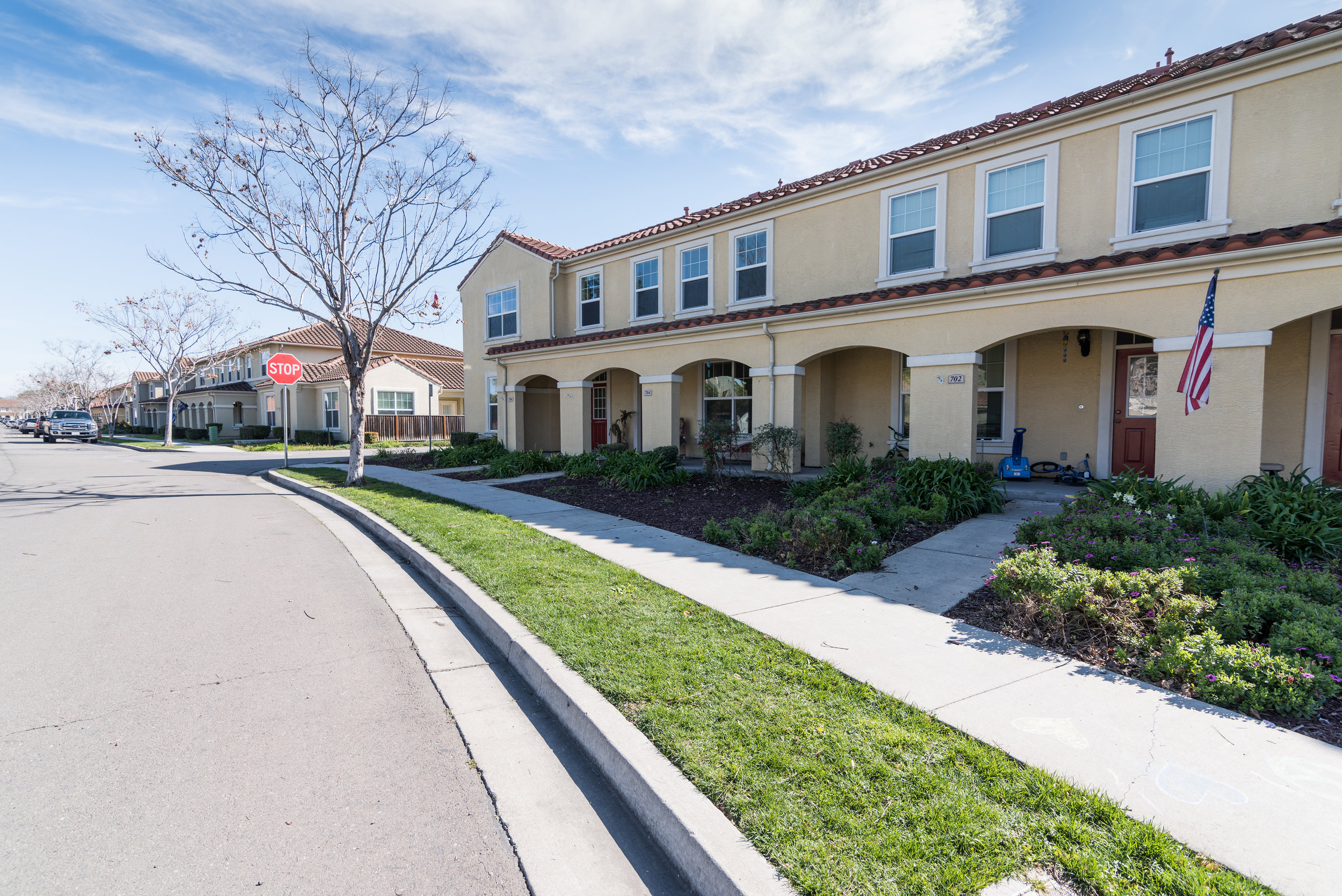 Rental Townhomes in Bay Area Apartment Community