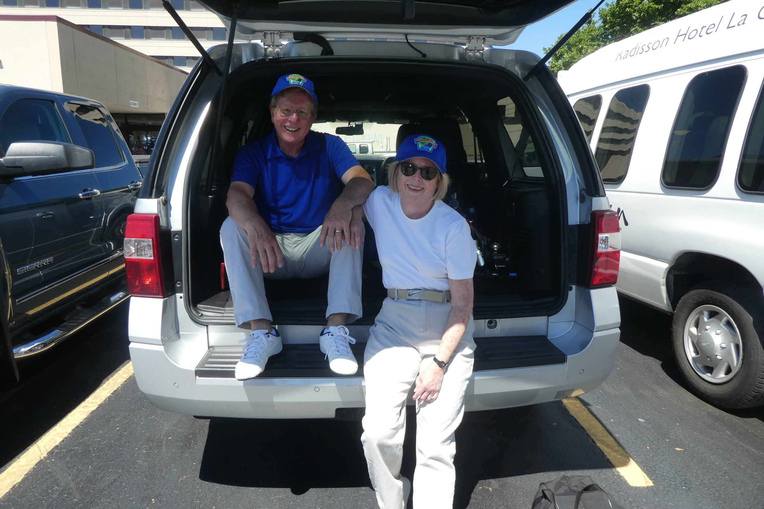 Alan and Robin Anspaugh relaxing after unloaded their Italia and equipment.