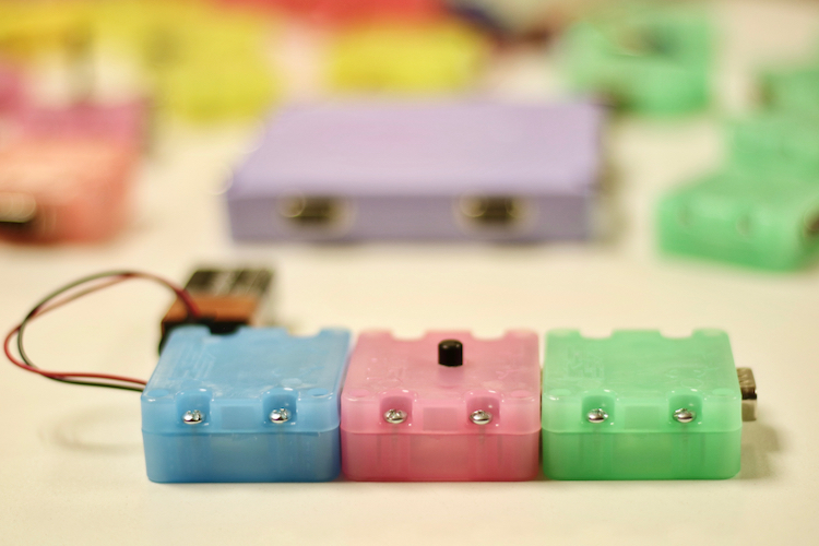 SIMPLE ELECTRIC CIRCUIT