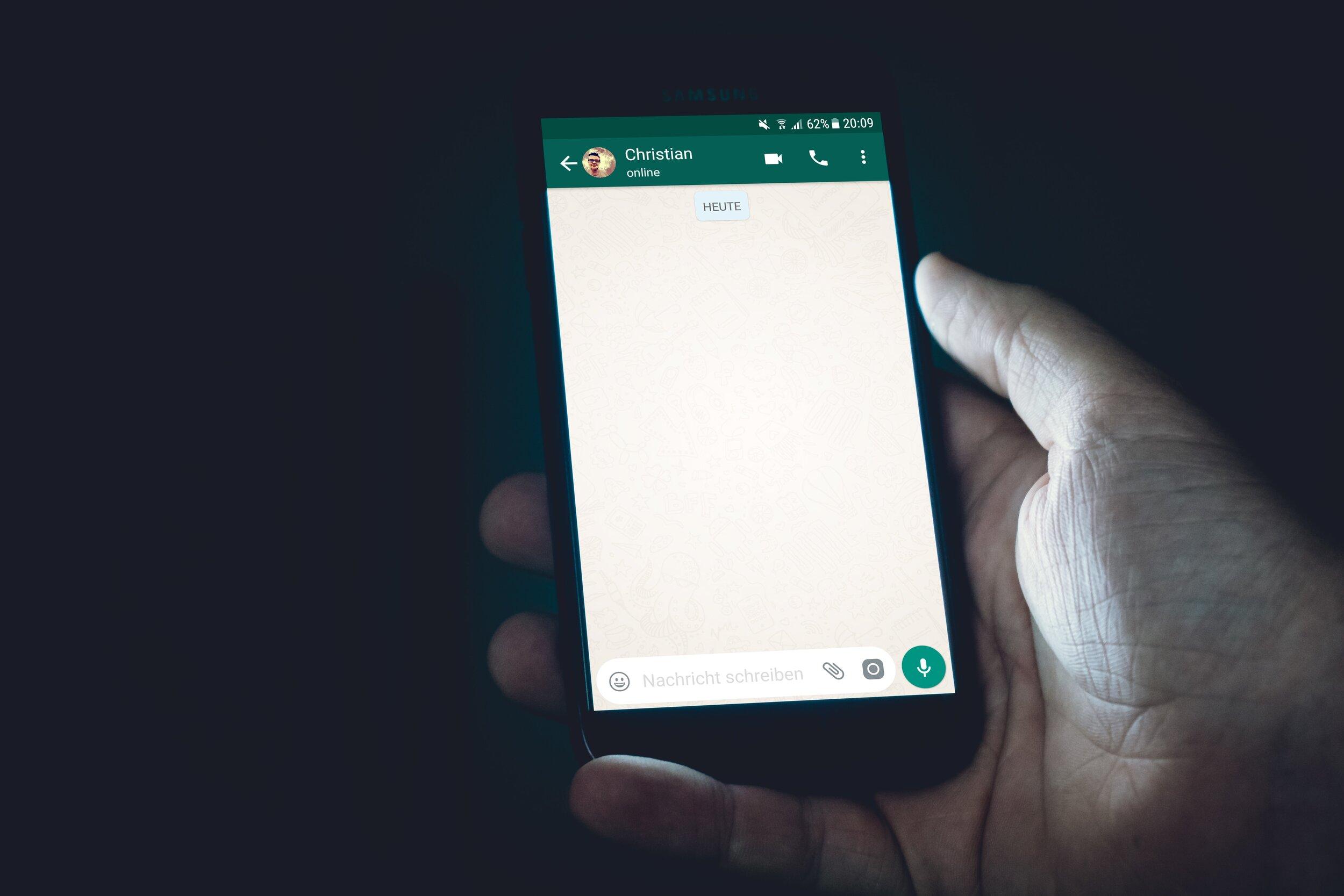 WhatsApp en esta campaña: poca verificación y poca conversación - Como parte de una alianza con Linterna Verde, la reciente Encuesta Polimétrica incluyó un módulo dedicado a analizar el uso de WhatsApp en el contexto electoral.
