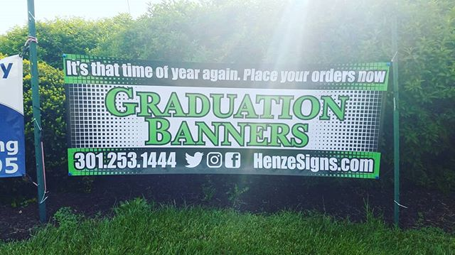 It's not too late to celebrate your graduates accomplishment #banners #signs #signshop